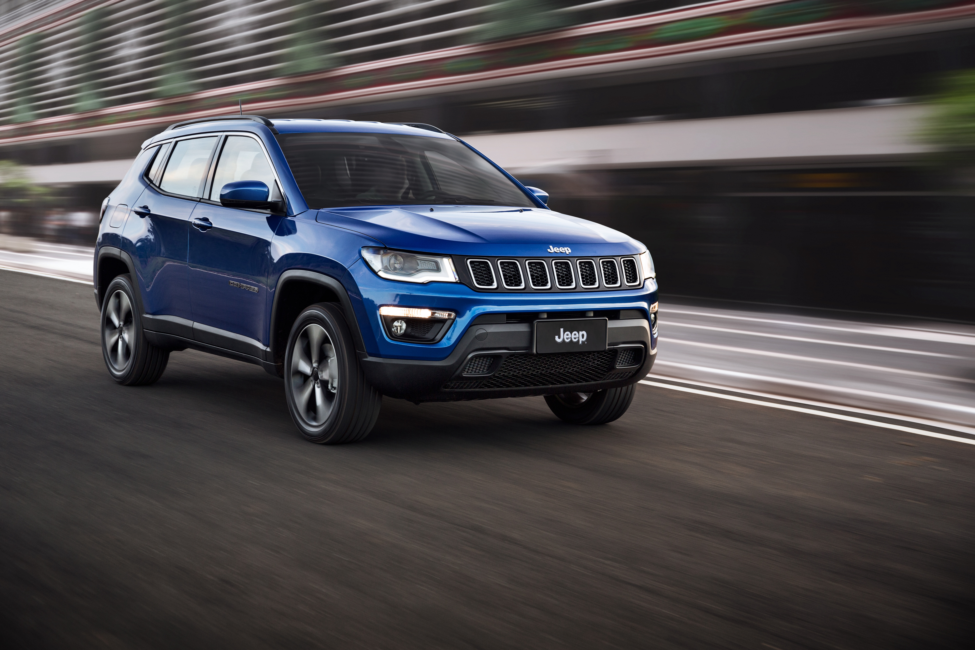 jeep_compass_longitude_17